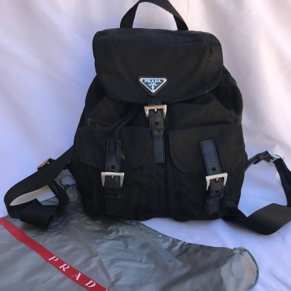 0819355c0bd9dc PRADA - Authentic Black Nylon Backpack. M_5cbd003e248f7aa057a87024